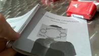 Portada de El Drama del lavaplatos, libro de Eugenio Tisselli y PAC, en la mesa del bar en que lo esperábamos ayer al mediodía Aparte de la cuestión más o […]